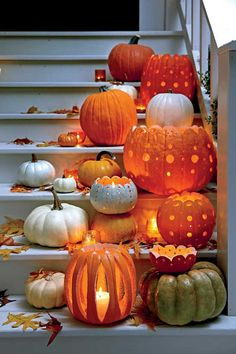 53ae4416d46599ef1808e17073c4eb5d--halloween-pumpkin-carvings-halloween-pumpkins.jpg